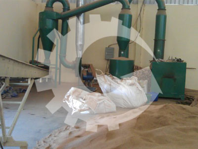 pipe dryer and powders of raw materials